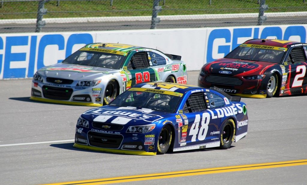 Jimmie Johnson (48) and Dale Earnhardt Jr. (88) both had strong cars, leading a combined 115 laps, but neither will advance to the Eliminator stage of The Chase.