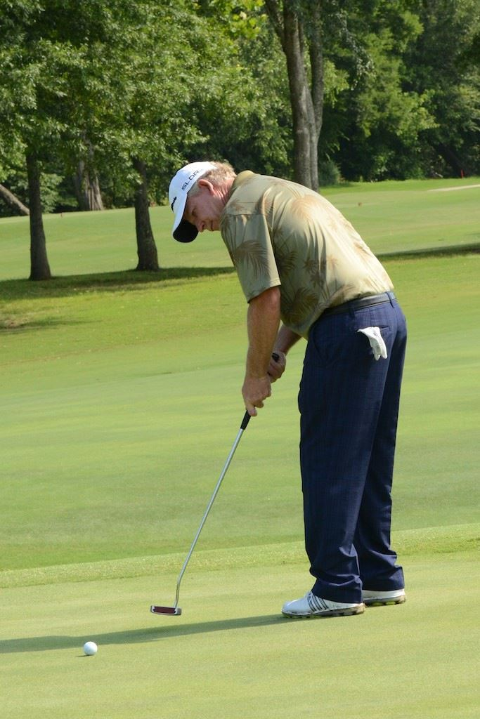 Roger Rowland can sweep the Sunbelt Senior Tour's Alabama swing with a come-from-behind victory Thursday.