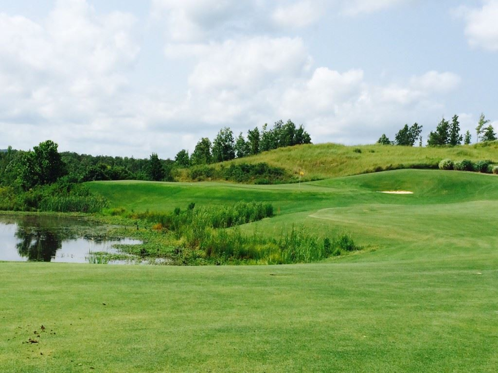 Depending on the order of nines played at Silver Lakes, Backbreaker No. 7 could begin a stretch of three par-5s in four holes that could bring a boost to somebody's round.
