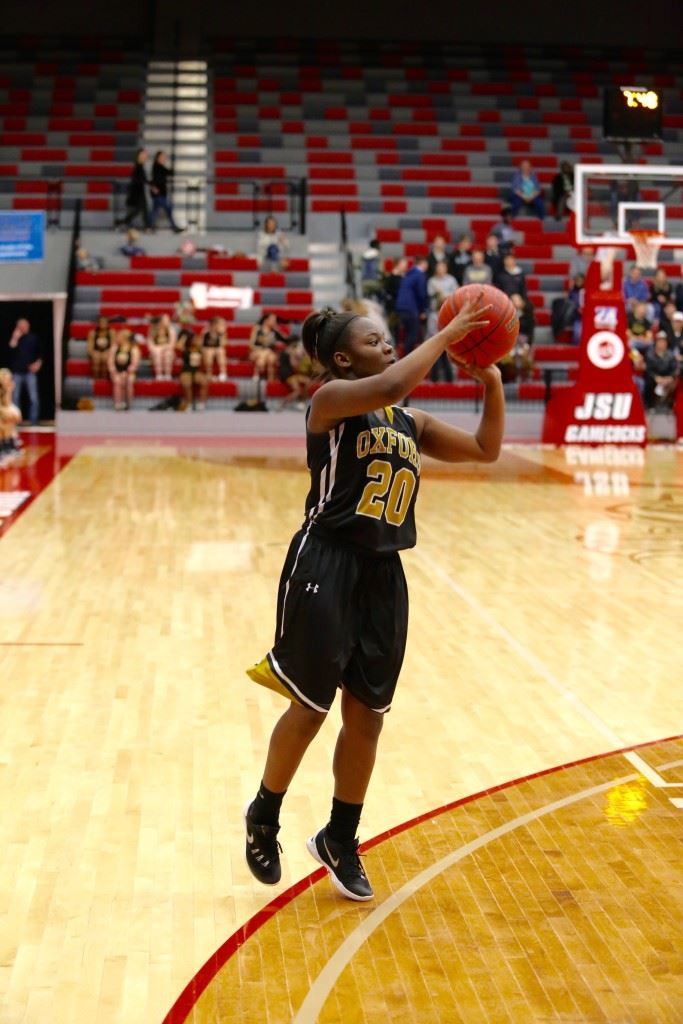 Tremeria Britt's layup with less than two minutes to play gave Oxford the lead for good in its semifinal game with Pleasant Valley. (Photos by Kristen Stringer/Krisp Pics Photography)