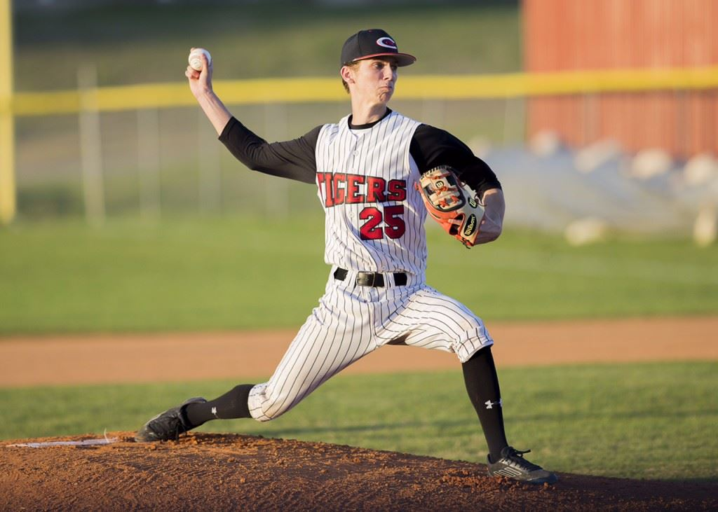 Cleburne County senior right-hander Max Watson threw nearly 120 pitches in his complete game victory over Jacksonville. (Photo by Jonathan Fordham/J&E Art&Design)