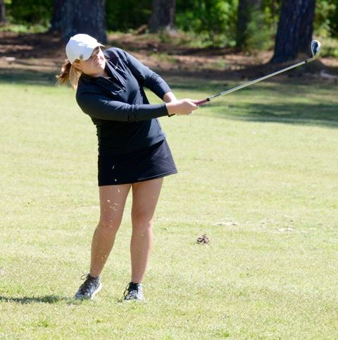 JCA's Chloe Borders hits her approach into the 13th green. (Photo by B.J. Franklin/GungHo Photos)