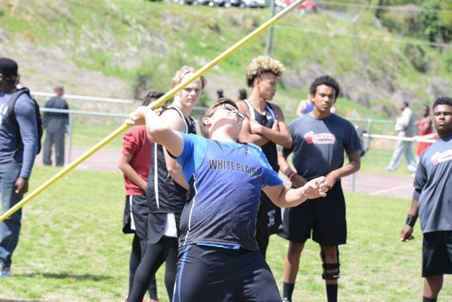 Cooper Young strains to throw the javelin during Friday's meet at White Plains. (Photo by B.J. Franklin/GungHo Photos)