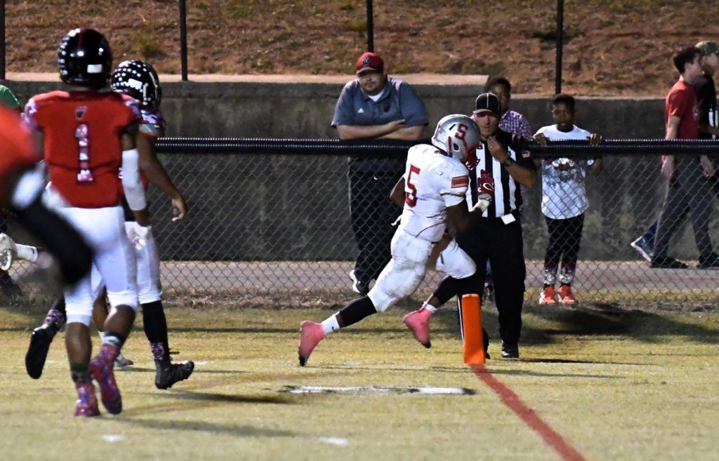 Rodney Reddick glides into the end zone to score Saks' first touchdown of the game.