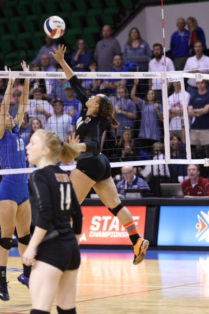 Catelynn Howell (00) had four kills in the title match. She had 17 in the quarterfinals.