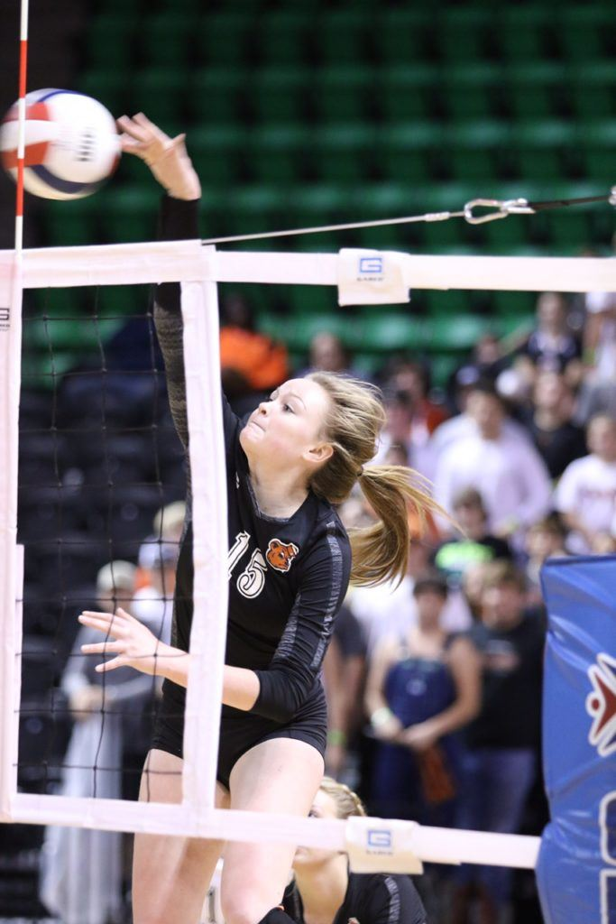 Taylor Spradley had 11 kills in the finals and 42 in the Elite Eight. (This is not the play that prompted discussion in the second set.)
